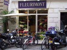Sign for a flower shop in Paris