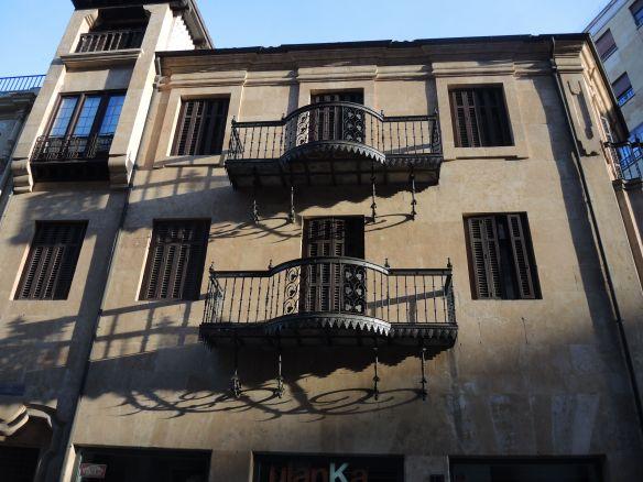Salamanca shadows