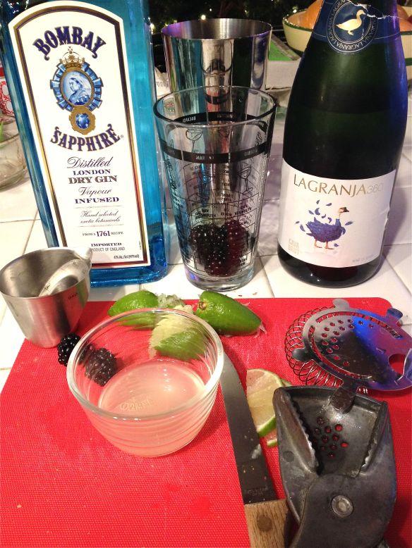 Cocktail blackberry ingredients
