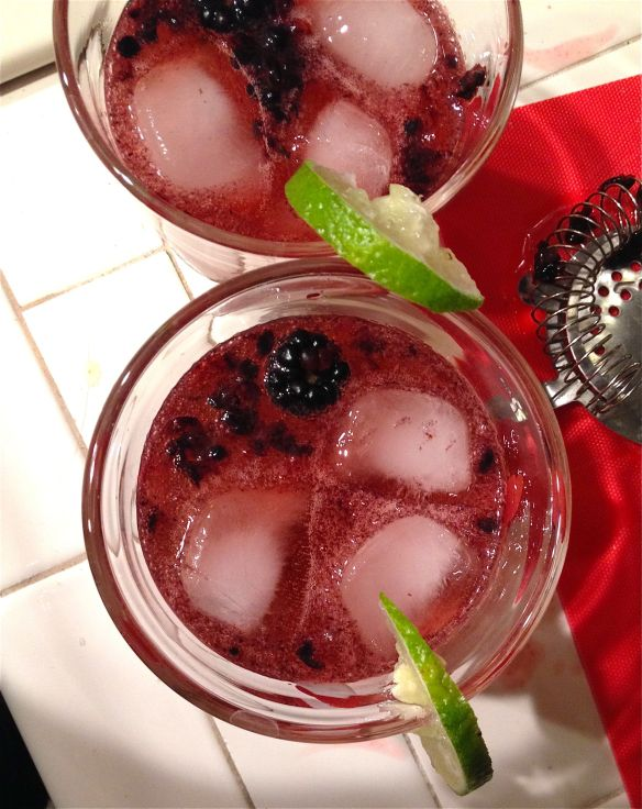 Cocktail blackberry top