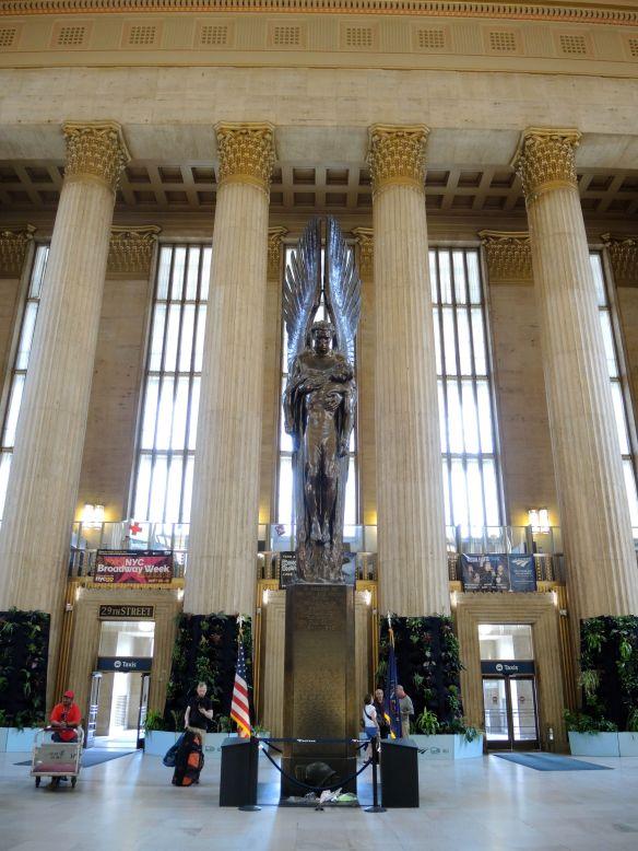 30th Street Statue