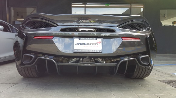 McLaren Pirelli P Zero World LA F1 fans viewing