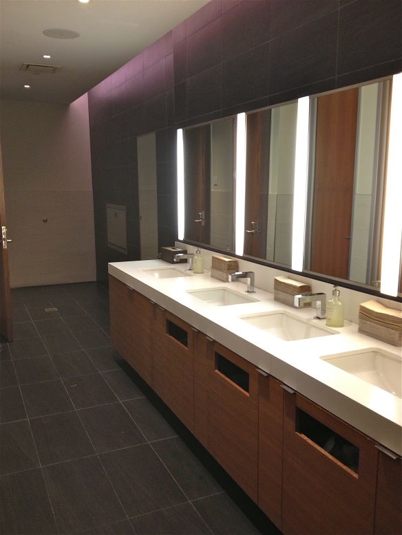 LAX TBIT Star Alliance Lounge bathroom sinks