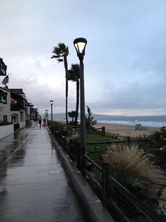 Manhattan Beach Strand on New Year's Eve 2016