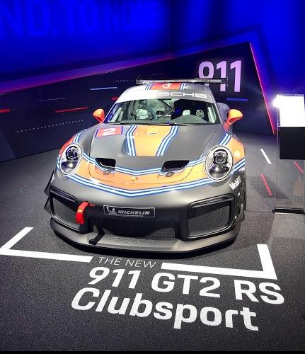 LA Auto Show Porsche 911 GT2 RS Clubsport